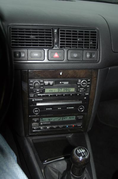 2000 GTI Console
