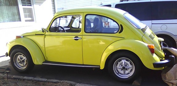 1973 VW Super Beetle - Yellow