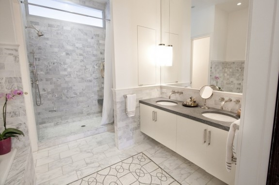 great bathroom in Harlem townhouse - 105 West 122nd Street