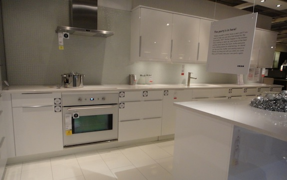 Deciding on a kitchen design beating upwind for White gloss kitchen units cheap